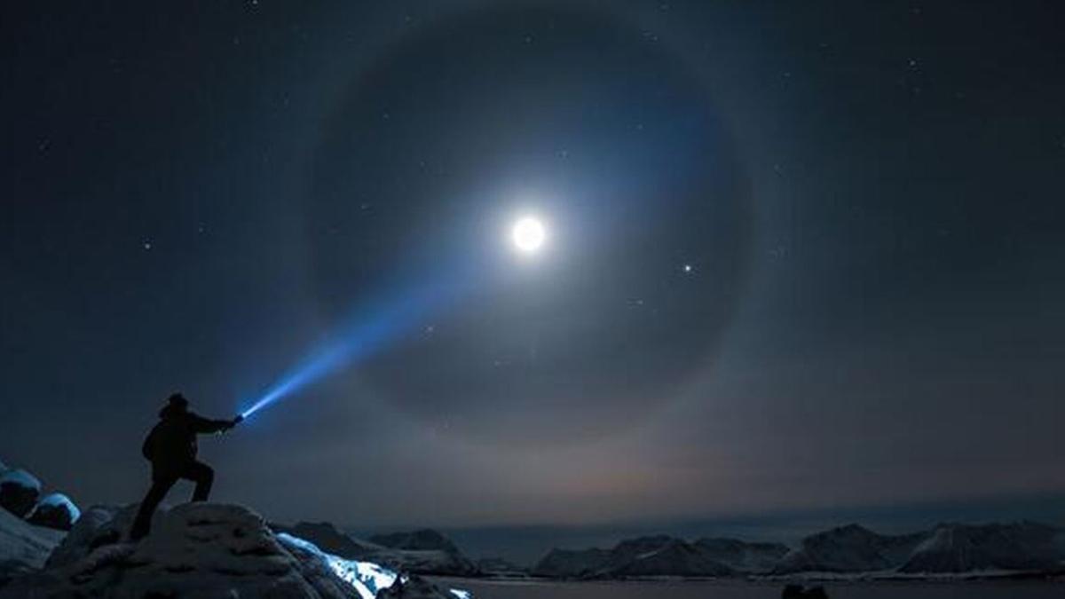 """Ay halesi ne anlama geliyor, neden oluşur"""" Ay halkası hangi tarihlerde, ne zaman ortaya çıkar"""