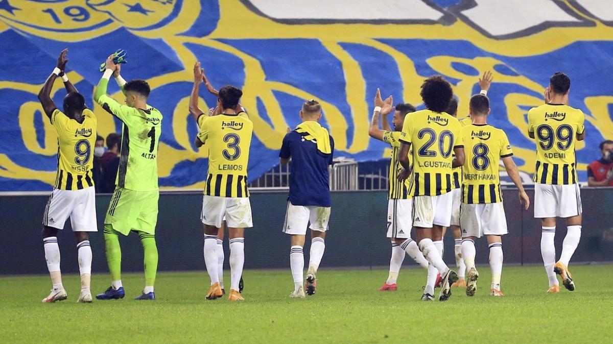 Fenerbahçe'de Dirar'la birlikte Lemos veya Kemal Ademi de gönderilecek