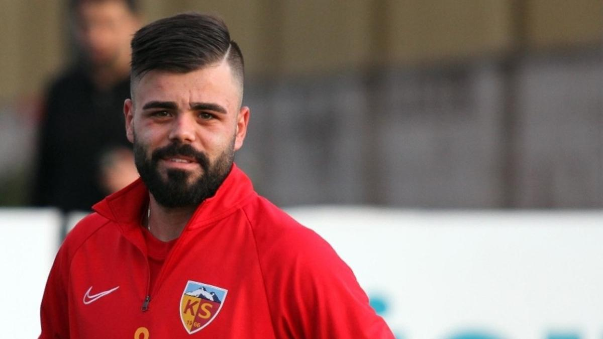 Galatasaray Aytaç Kara'dan sonra Hasan Hüseyin Acar'ı da transfer ediyor