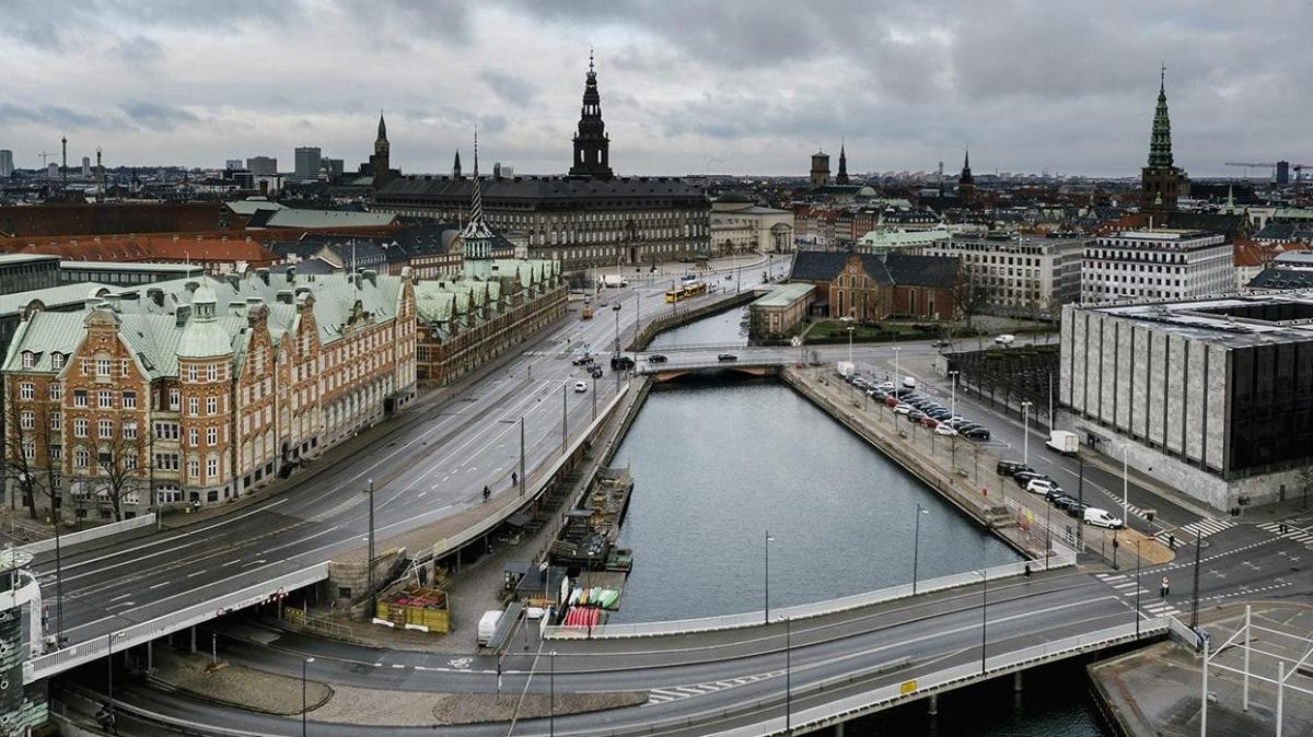 Danimarka'da koronavirüs kısıtlamaları 14 gün daha uzatıldı