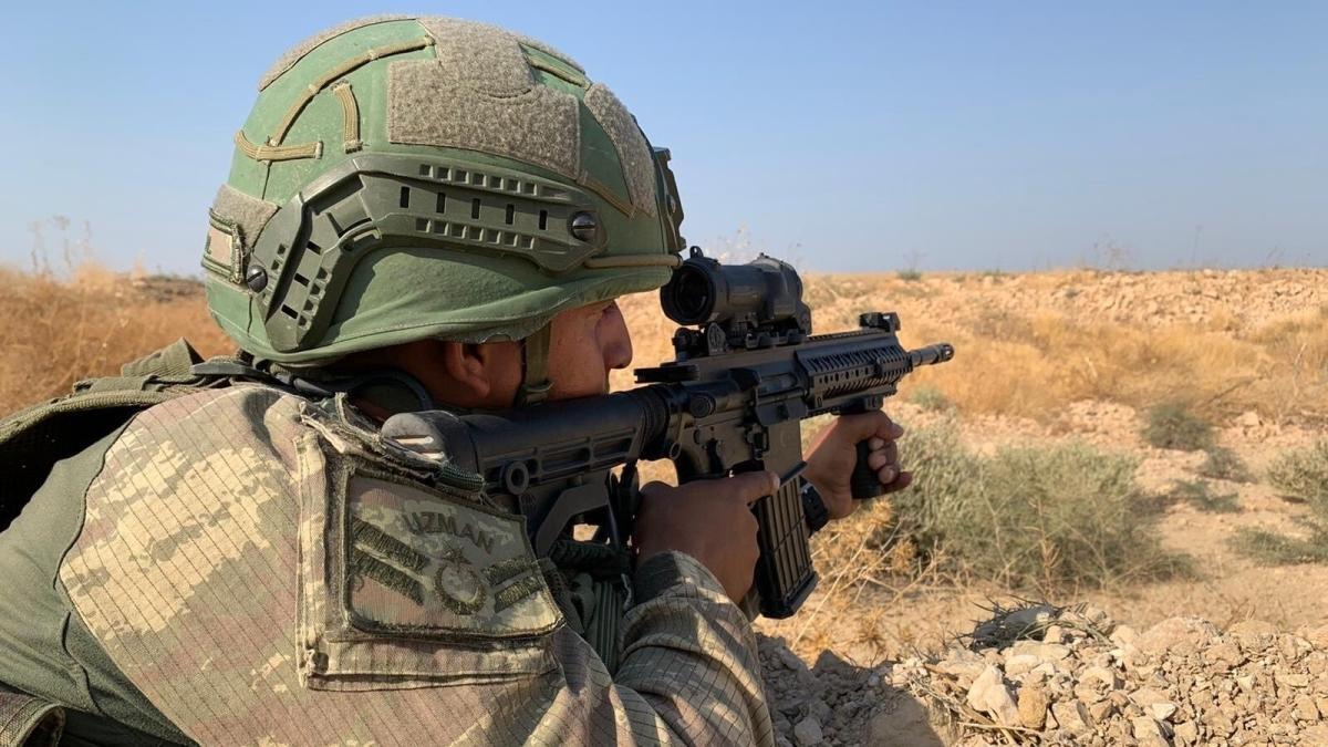 """MSB: """"Barış Pınarı bölgesine sızma girişiminde bulunan 10 PKK/YPG'li terörist etkisiz hale getirildi"""""""