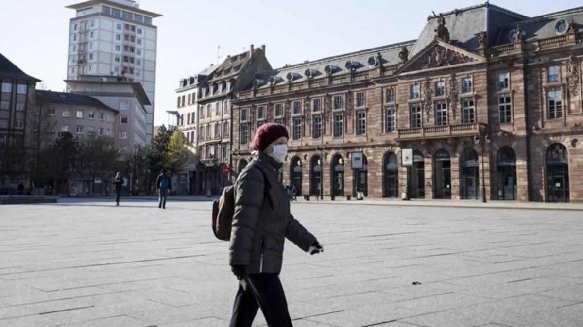 Son dakika haberleri... Fransa'da son 24 saatte 26 binden fazla vaka tespit edildi