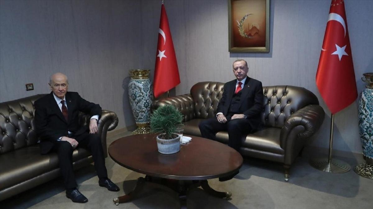 Başkan Erdoğan ile MHP Genel Başkanı Bahçeli karşılıklı olarak yeni yıl tebriğinde bulundu