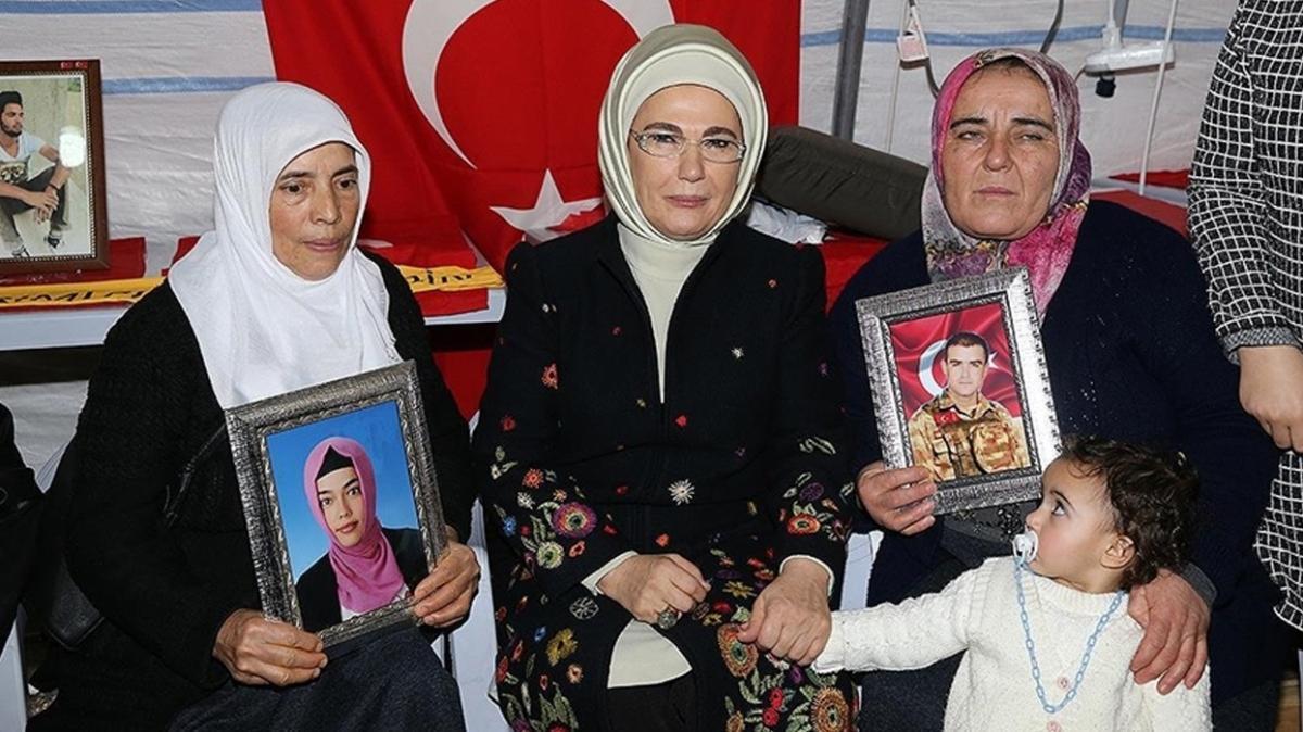Emine Erdoğan'dan Diyarbakır annelerine destek paylaşımı