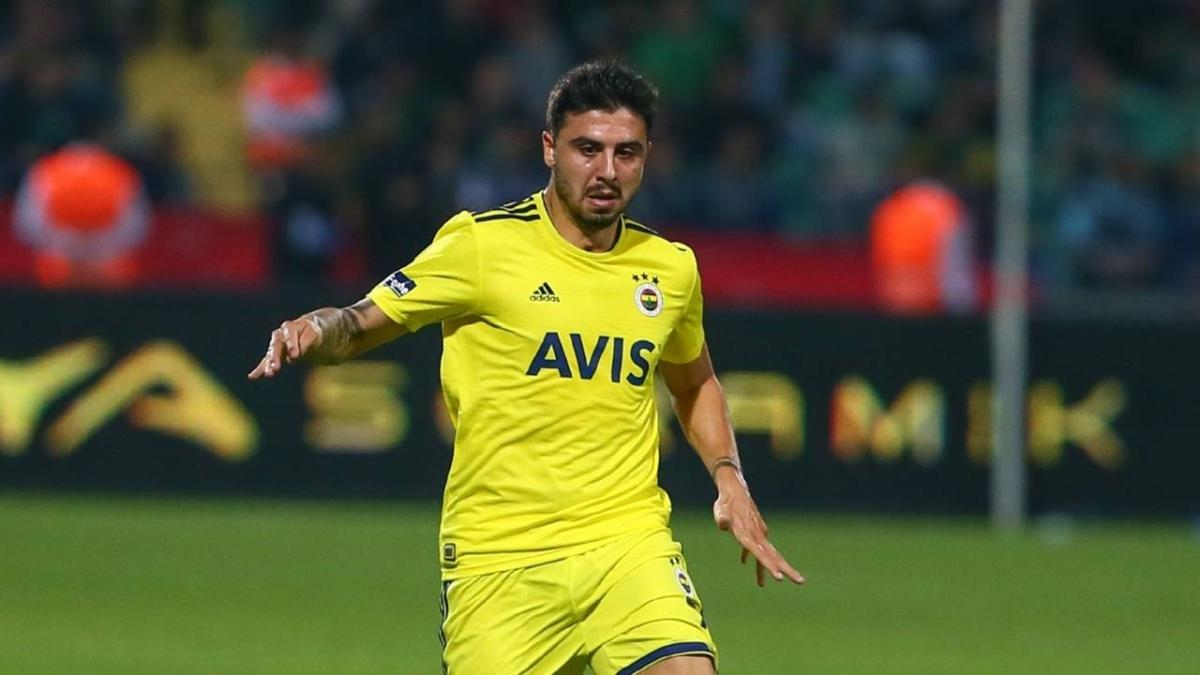 Fenerbahçe'ye Ozan Tufan'dan kötü haber