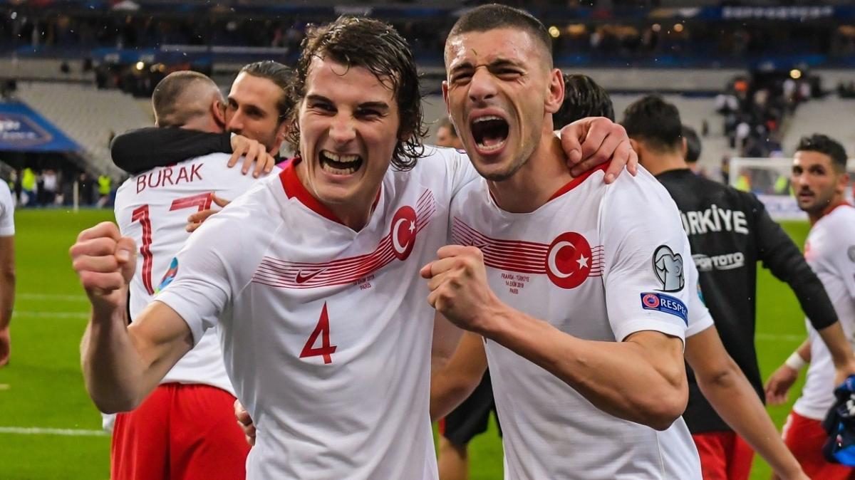 Manchester United'ın gözü Milli yıldızlarımızda