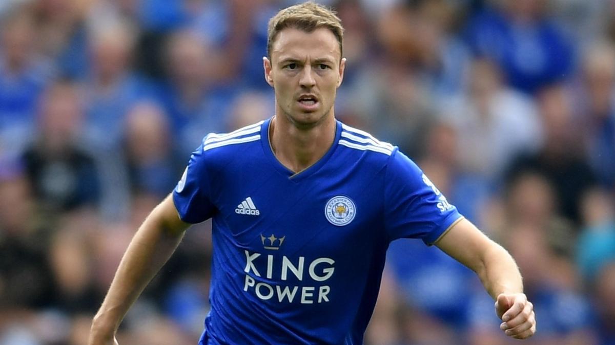 Leicester City, Jonny Evans'ın sözleşmesini 2023'e kadar uzattı