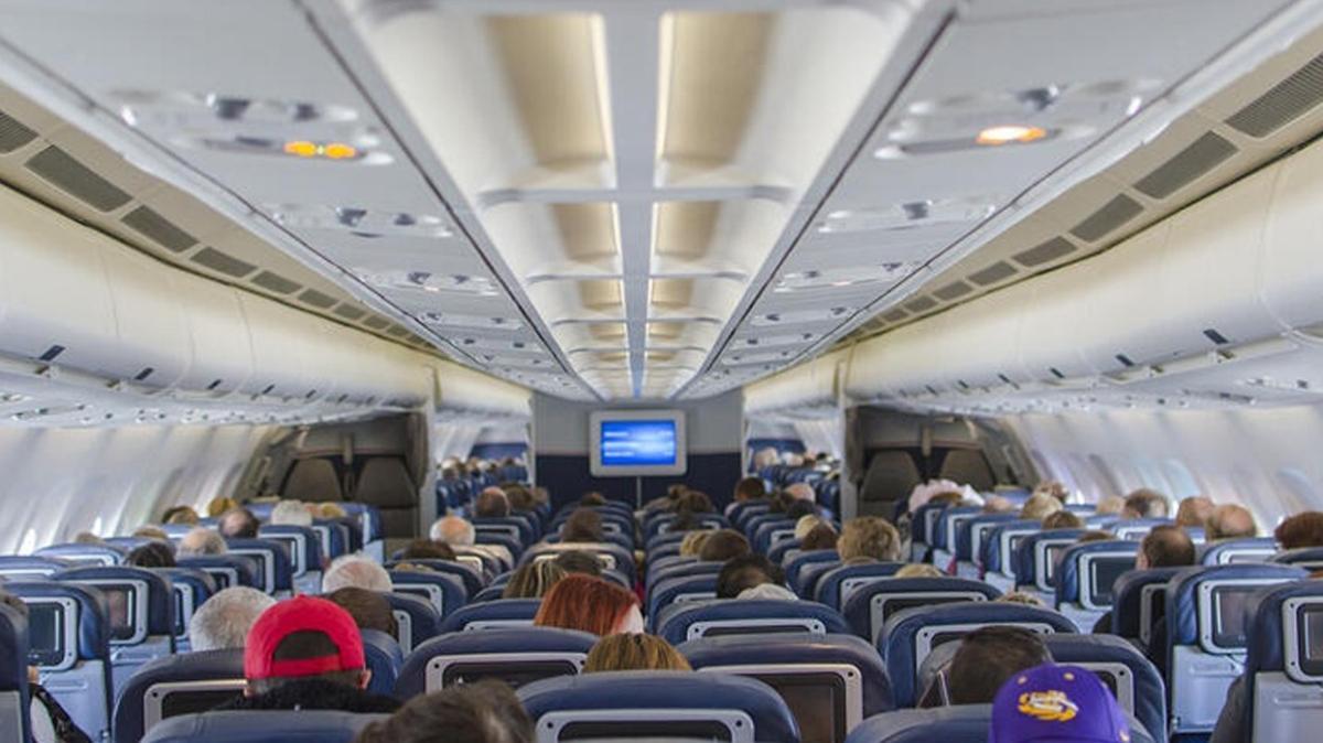 Tayland'dan uçak ikramlarına yasak