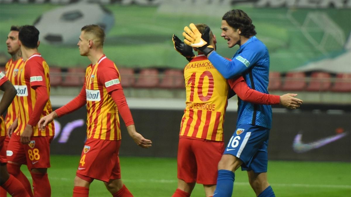 18'lik Doğan Alemdar, Beşiktaş'ın ilk penaltısına geçit vermedi