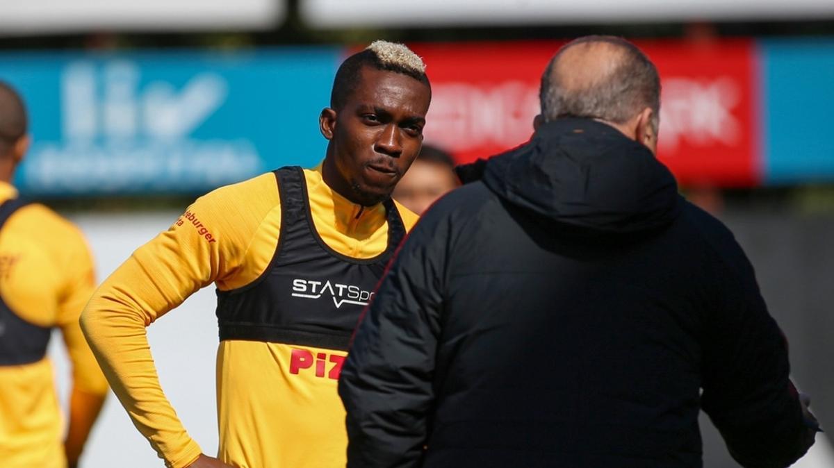 Onyekuru 'Galatasaray'la anlaştım' diyerek Araplardan gelen teklifleri reddediyor