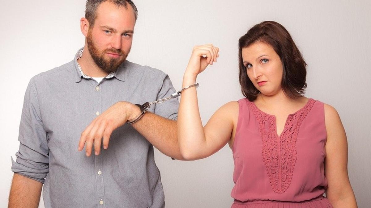 """İlişkilerde kim daha kontrolcü"""" İşte kontrolcü partnerlerin özellikleri"""