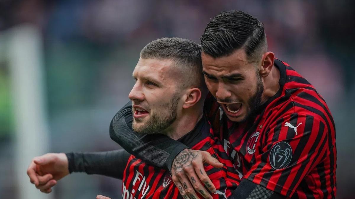 Milan'da 2 futbolcu koronavirüse yakalandı