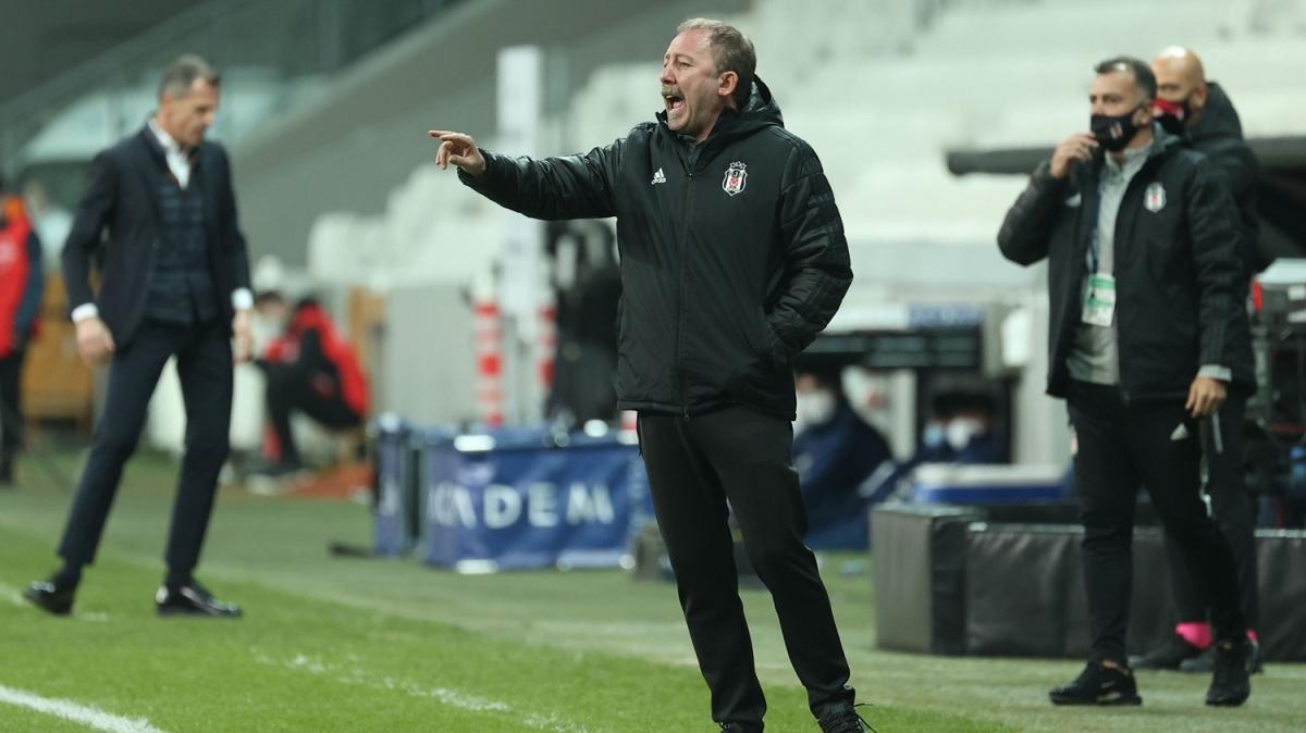 Sergen Yalçın'dan Mandzukic açıklaması: İlgileniyoruz