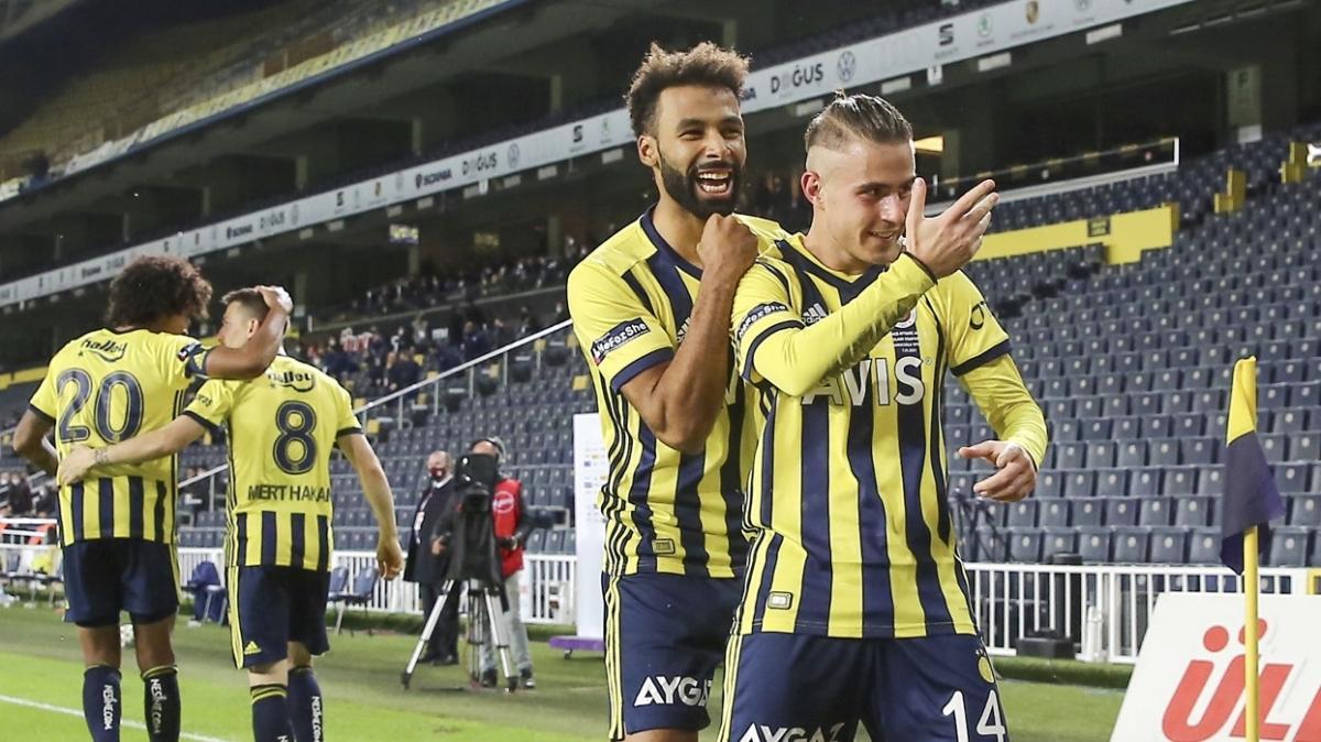 Fenerbahçe'nin başarılı futbolcusu Pelkas, skor katkısını sürdürüyor