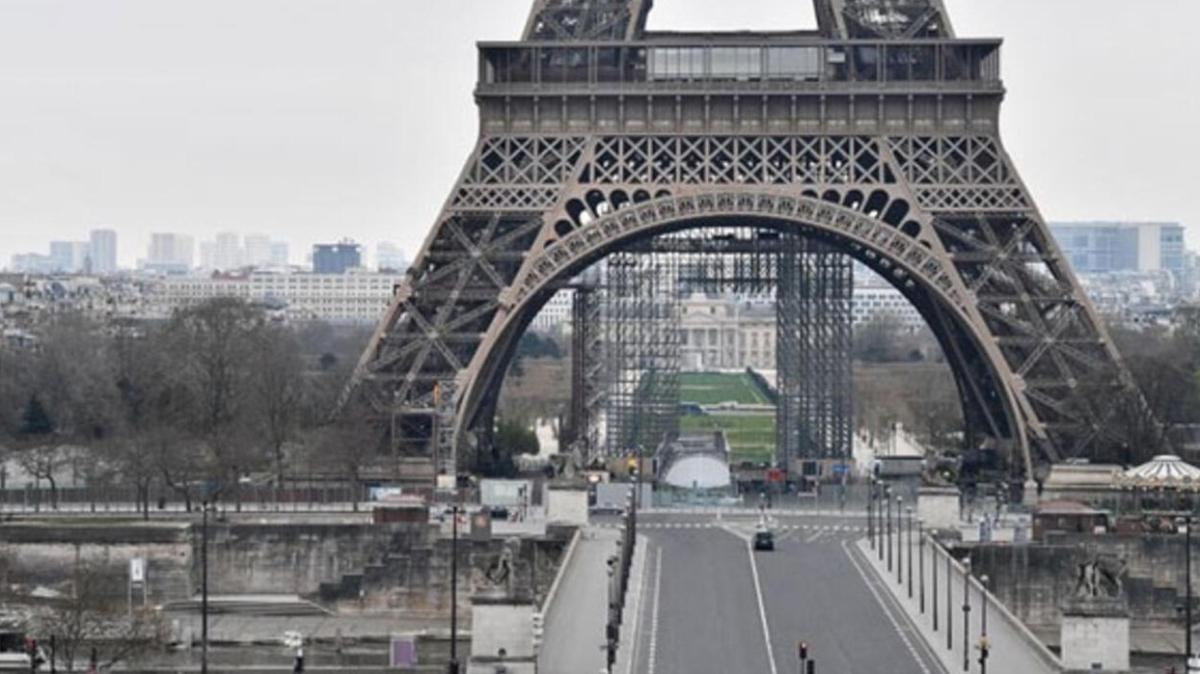 Son dakika haberleri... Fransa'da sokağa çıkma yasağının süresi uzatıldı