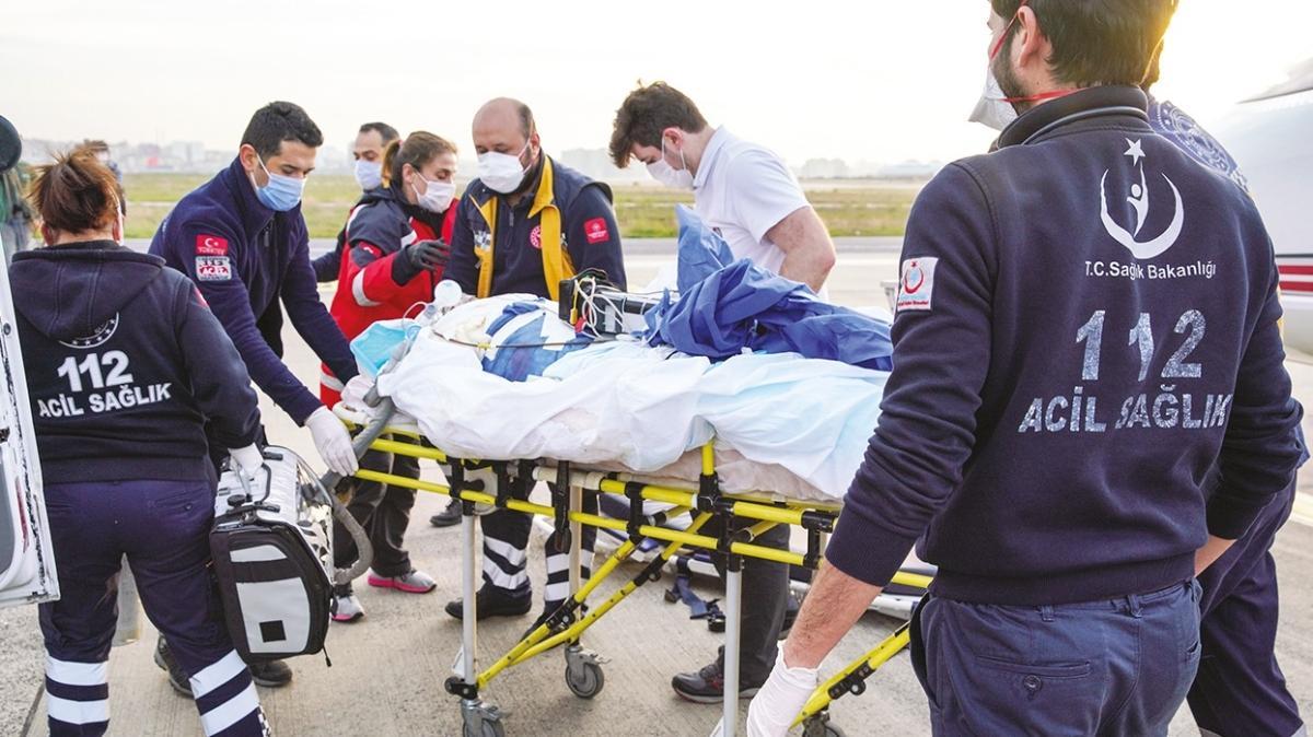 Türkiye'ye sağlık seferi... Kosova'da yaralanan 4 kişi getirildi