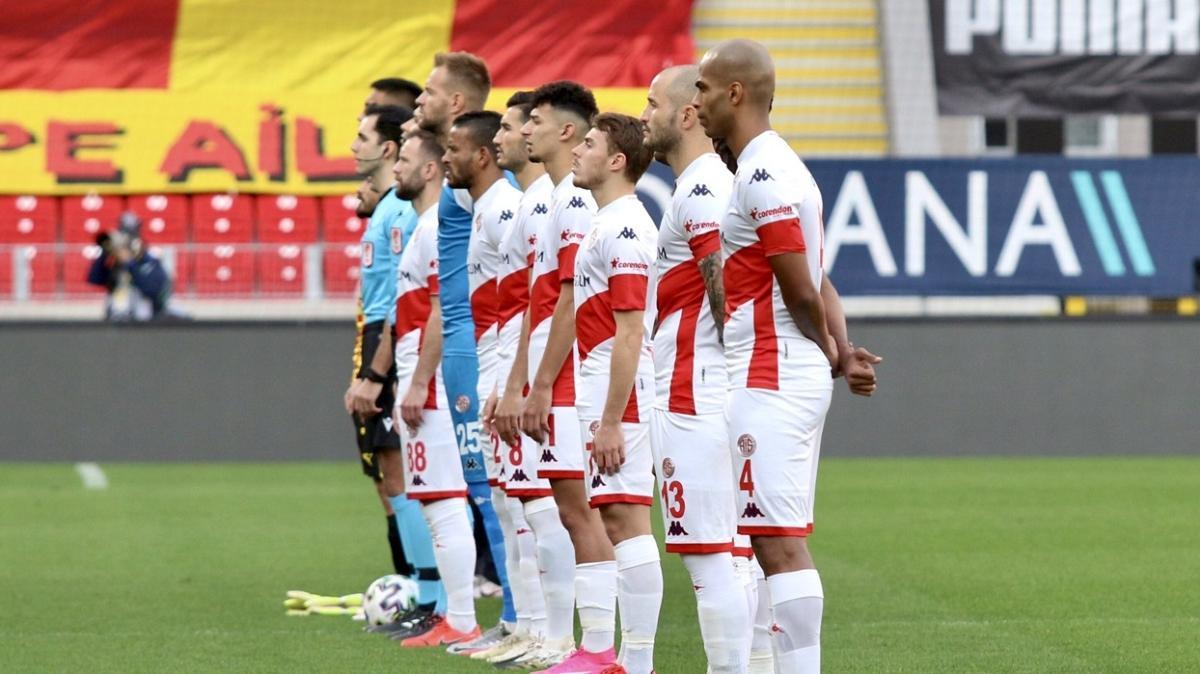 Antalyaspor bu sezon deplasmandaki ilk galibiyetini Göztepe'den aldı: 0-1