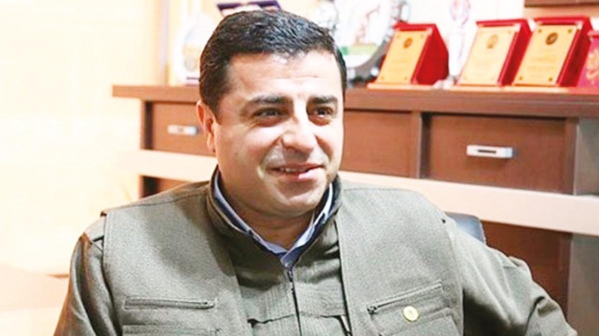 KCK 6-8 Ekim talimatını Kobani sınırında verdi