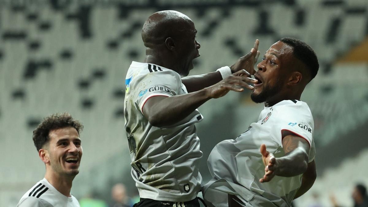 Beşiktaş'ın attığı 39 golün 28'inde Aboubakar, Larin ve Ghezzal'ın imzası var