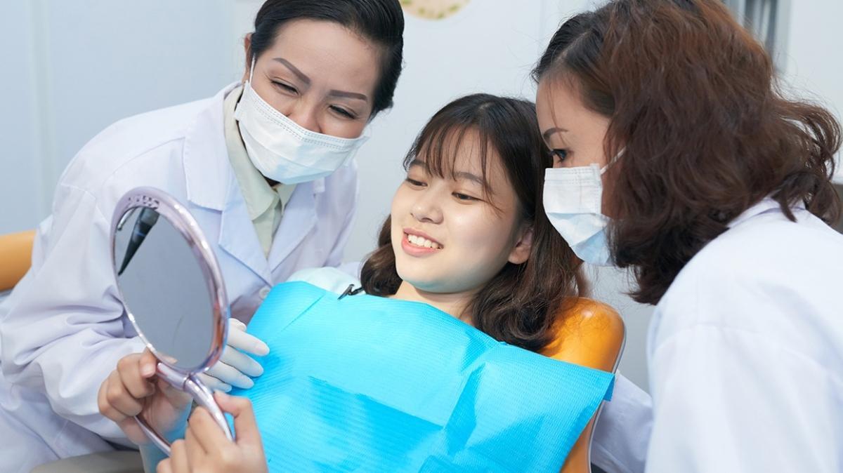 """Beyazlatma tedavisi dişlere zarar verir mi"""""""