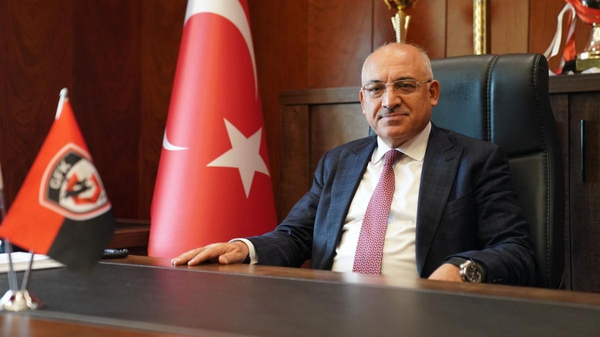 Mehmet Büyükekşi: Genç ve başarıya aç bir teknik direktörle anlaşmak istiyoruz
