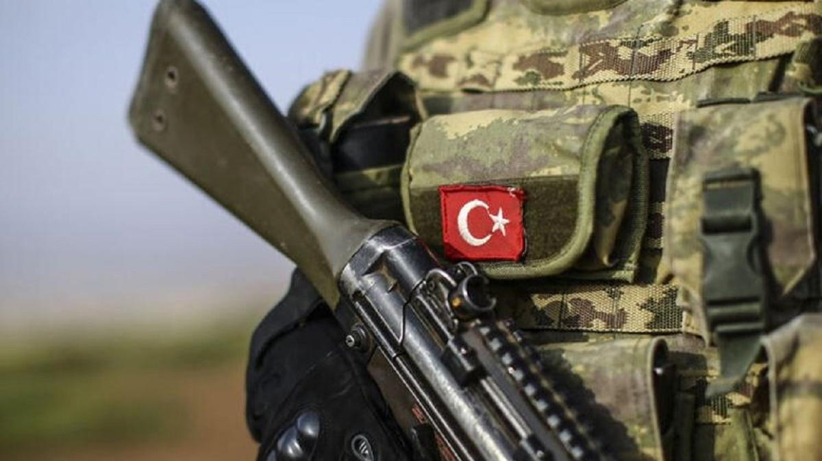 """İçişleri Bakanlığı: """"İkna çalışmaları neticesinde PKK/KCK terör örgütünden kaçan 2 örgüt mensubu teslim oldu"""""""