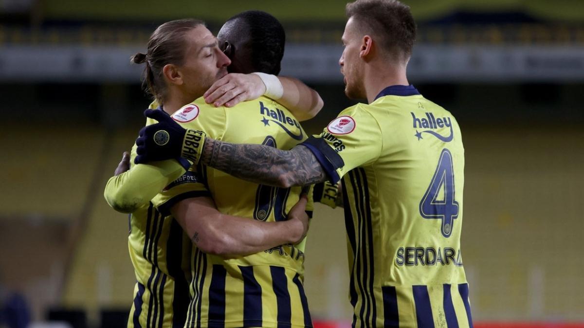 Fenerbahçe Türkiye Kupası'nda çeyrek finale yükseldi