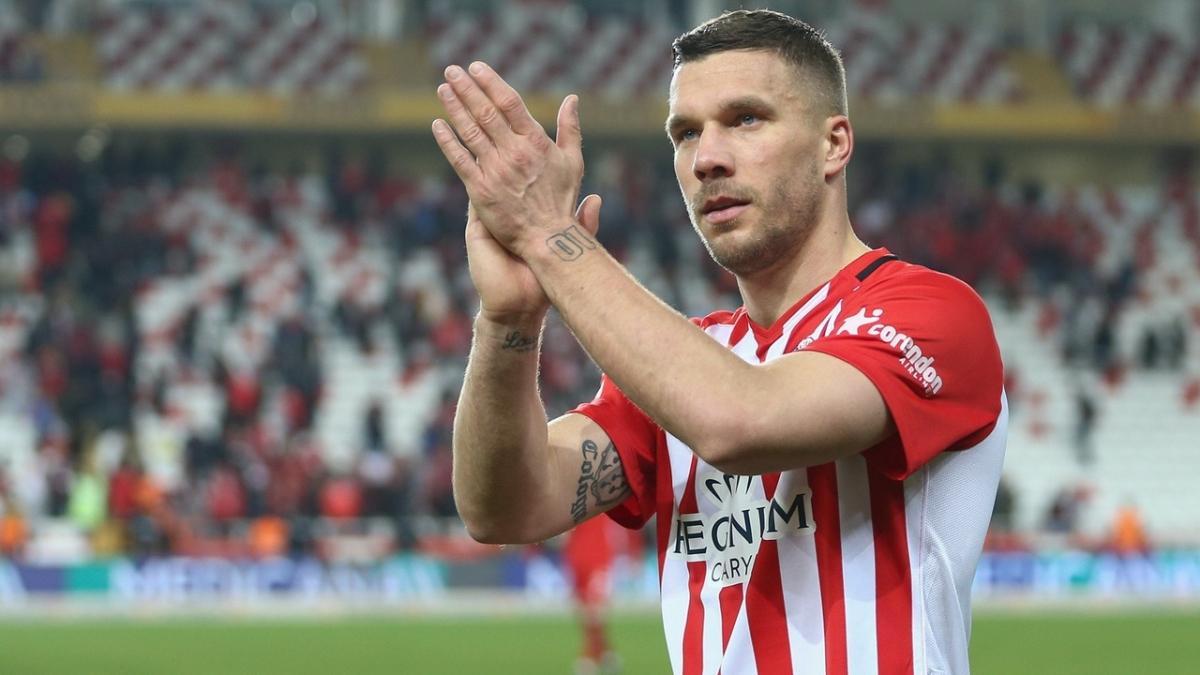 Podolski'nin Gornik Zabrze'ye transfer olacağı iddia edildi