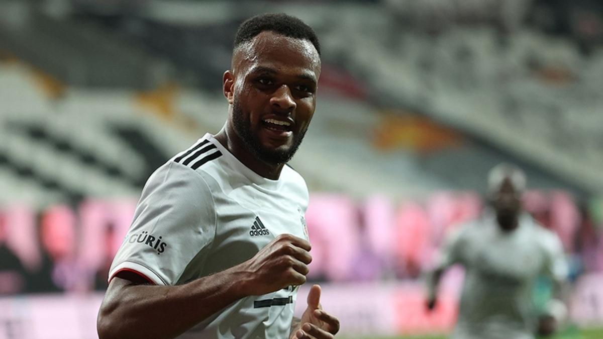 Larin'den 90 dakikada 1 gol katkısı