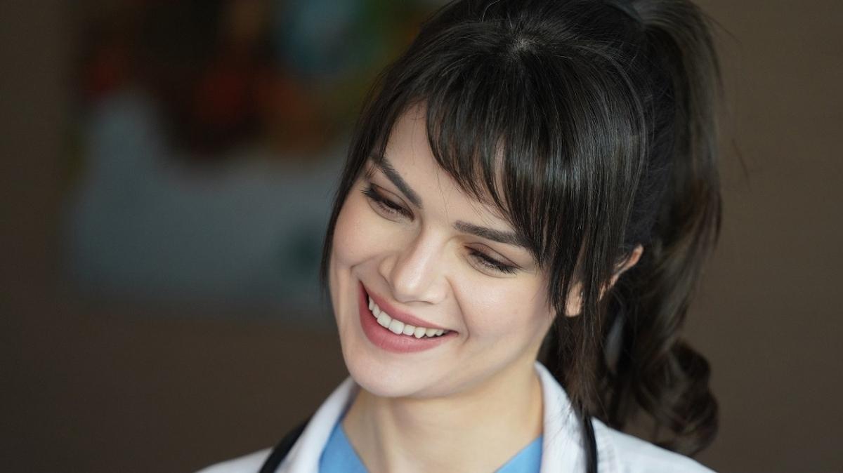Mucize Doktor'un Nazlı'sı Sinem Ünsal'dan şoke eden açıklamalar! 'Takıntılarımla mücadele ediyorum'