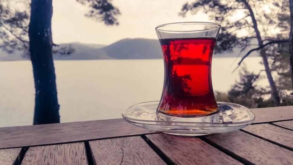 Çay keyfiniz hastanede bitmesin! Çayı yemekten sonra hemen içmeyin
