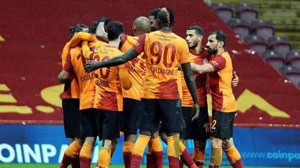 Galatasaray'da derbi 11'inin 8'i belli