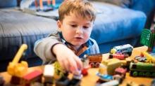 Çocuklara oyuncak seçerken renklere dikkat