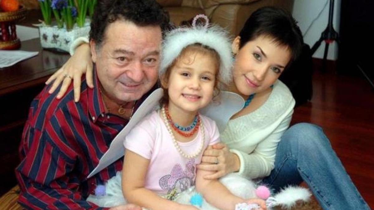 Kayahan ve İpek Açar'ın kızı Aslı Gönül Açar değişimiyle şaşırttı