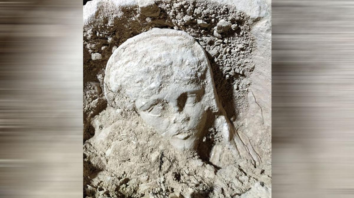 SİT alanına girerek kaçak kazı yapan 7 kişi 1600 yıllık heykel çıkardı