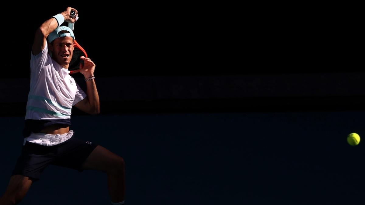 Diego Schwartzman, Avustralya Açık'ta dünya 114 numarası Aslan Karatsev'e elendi