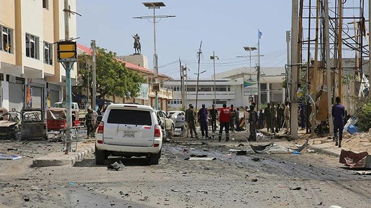 Somali'de parlamento binasına terör saldırısı: 2 ölü