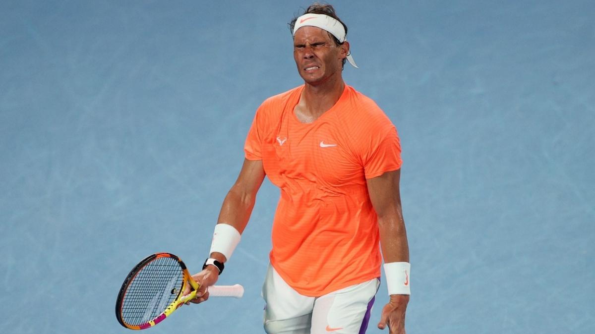 Avustralya Açık'ta Rafael Nadal, Stefanos Tsitsipas'a 2-0'dan 3-2 mağlup oldu