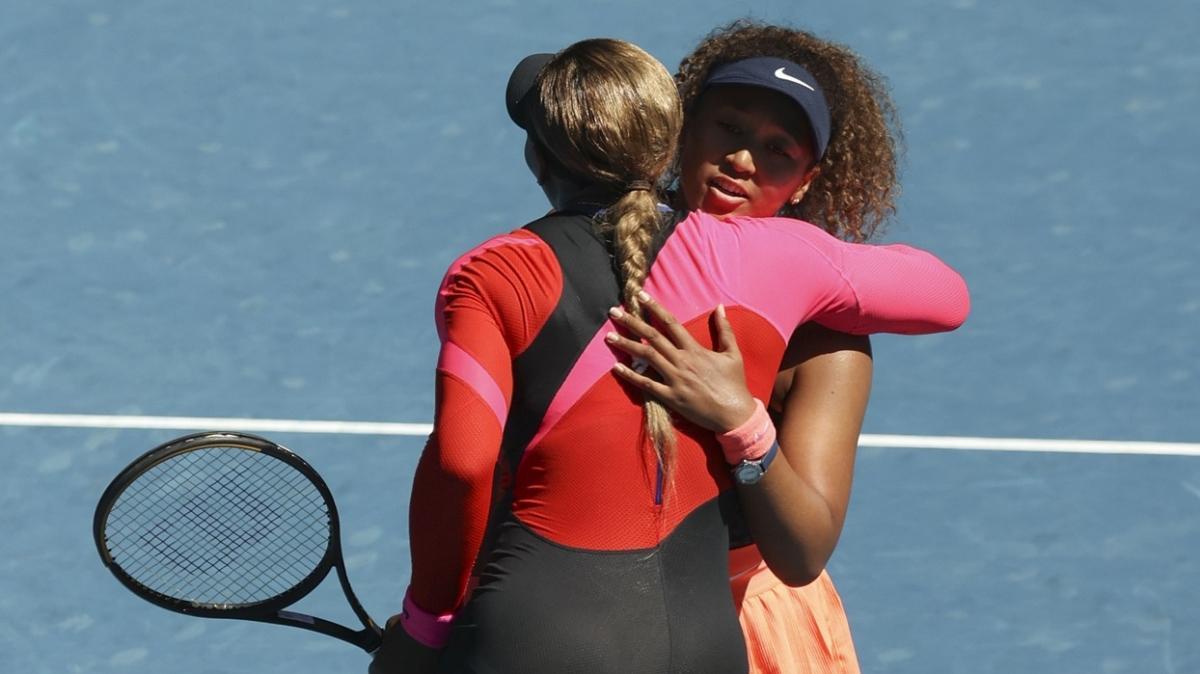 Avustralya Açık'ta Serena Williams'ı yenen Naomi Osaka ilk finalist oldu