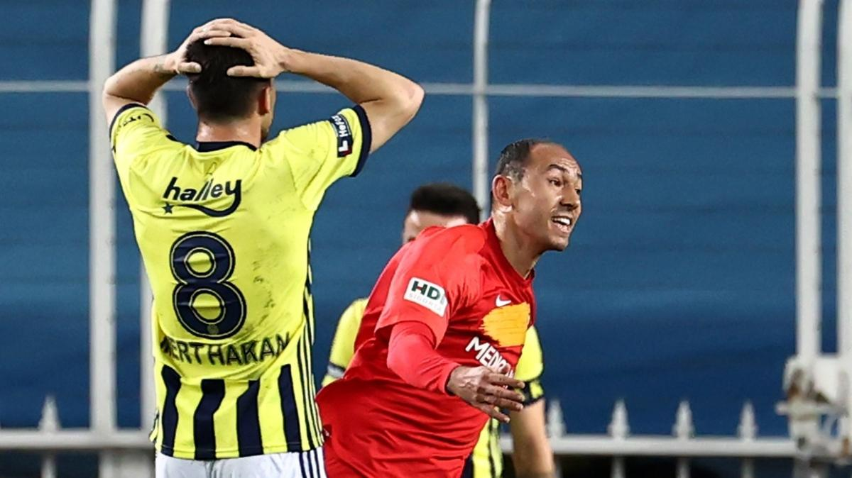 Umut Bulut, Oğuz Çetin'in rekorunu kırıp Süper Lig tarihine geçmeye hazırlanıyor