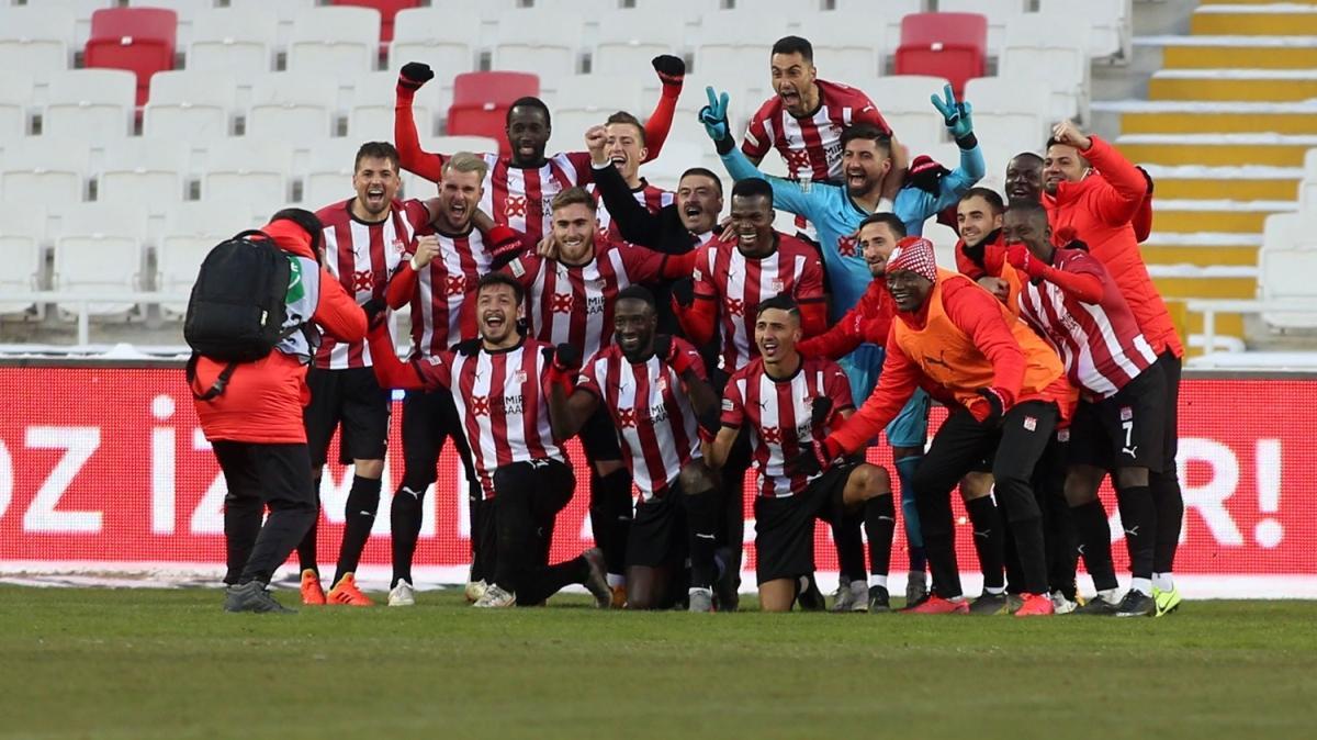 'Anadolu derbisi'nde kazanan Demir Grup Sivasspor