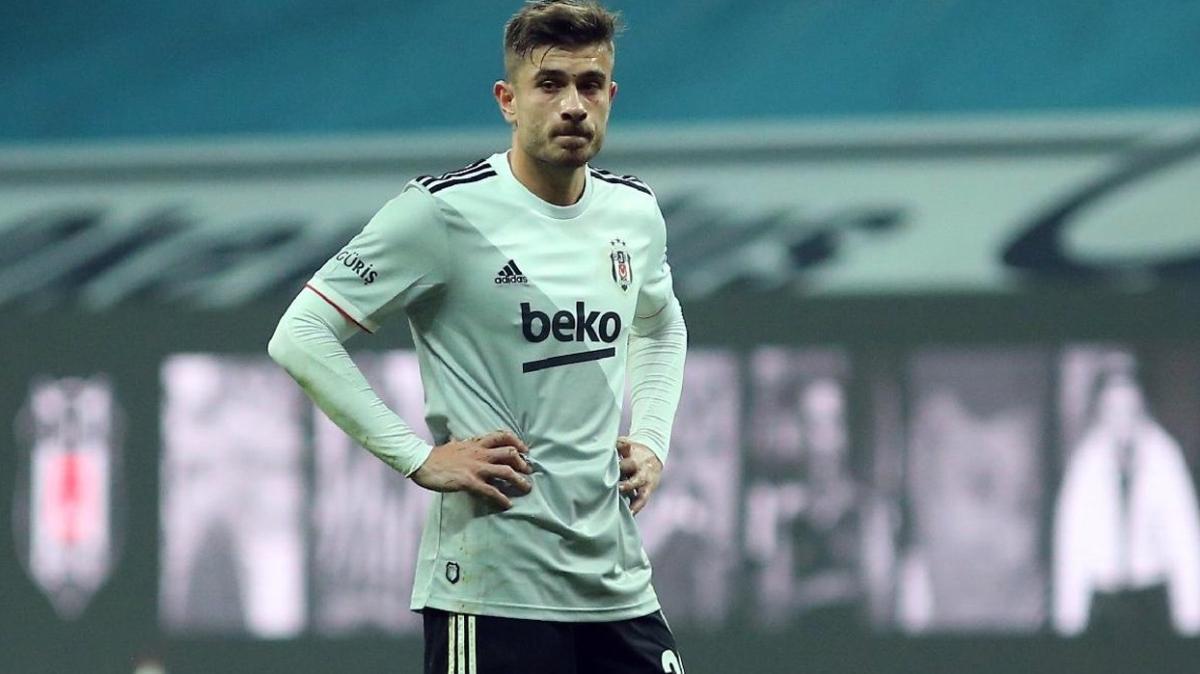 Beşiktaş'ta Milli oyuncuyla yollar ayrılıyor