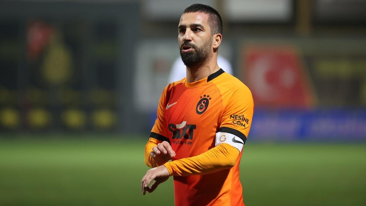 Galatasaray'da her derde deva Arda Turan! Terim'in en büyük yardımcısı