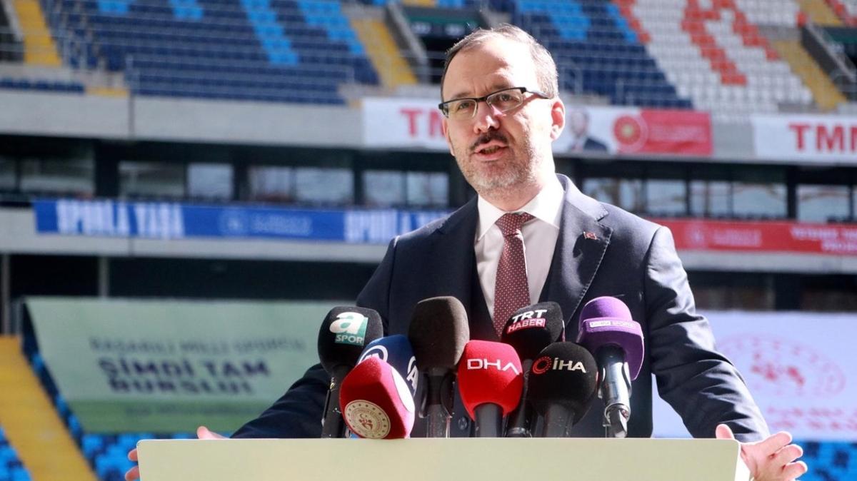 Bakan Kasapoğlu, BAL maçlarının 17 Nisan'da başlayacağını açıkladı