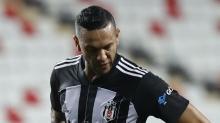 Beşiktaş'ta Yeni Malatyaspor maçı öncesi 4 futbolcu sınırda