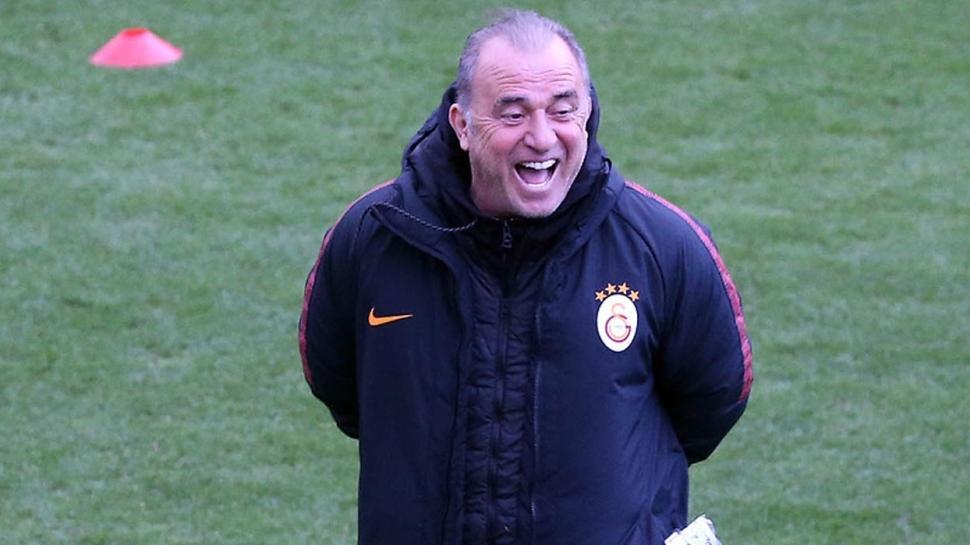 Ve G.Saray'dan yeni sezonun ilk transferi! Bu kez Fener'e bırakmadı