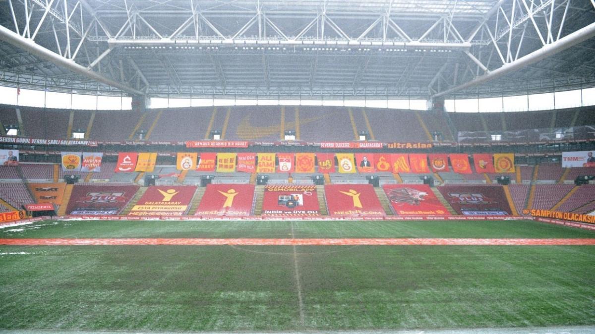 Galatasaray Türk Telekom Stadı'nı Sivasspor maçına hazırlamaya çalışıyor