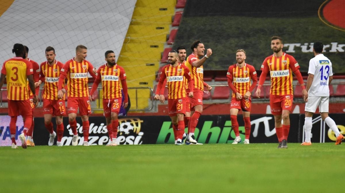 Kayserispor, Çaykur Rizespor'u 2-1 mağlup etti