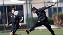 Beşiktaş'ta 1 günlük iznin ardından çalışmalar başladı