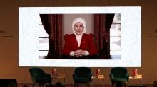 Emine Erdoğan: Kadınların özel ve kamusal hayatını dengeleyen çözümler üretmeye devam edeceğiz